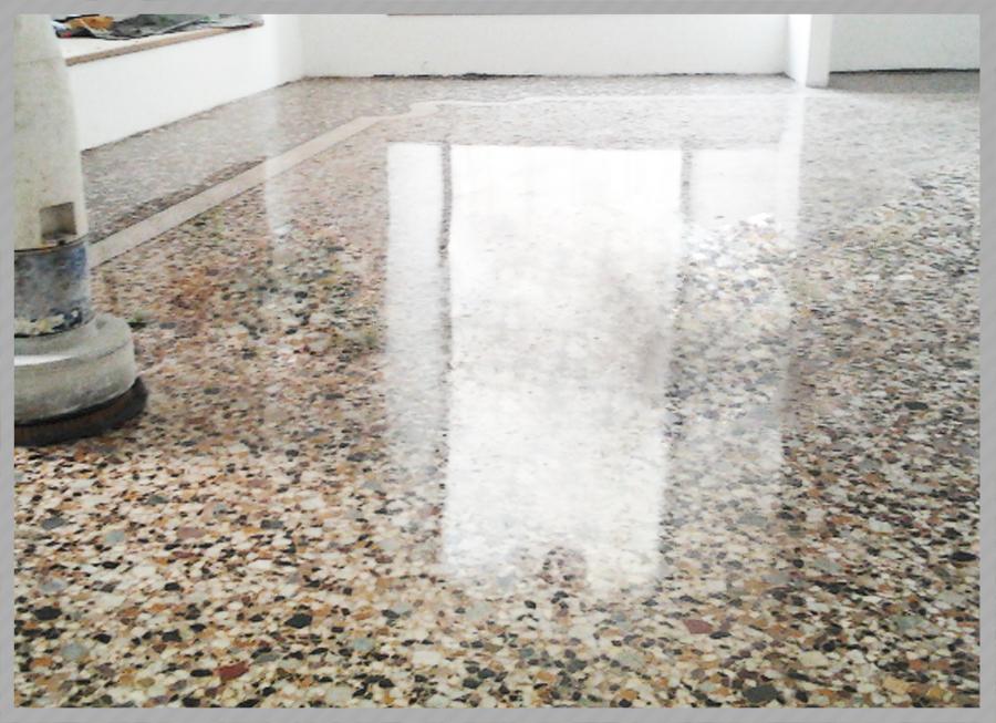 Lucidatura graniglia di marmo  C.F. Pavimenti